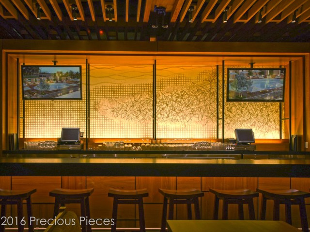 Illuminated Laminated Glass Washi Wall for an Upscale Restaurant's Bar