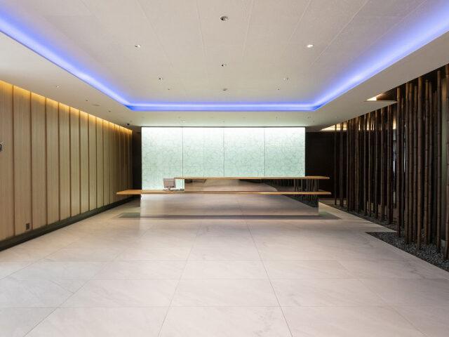 Illuminated Glass Laminated Washi for Office Reception Area